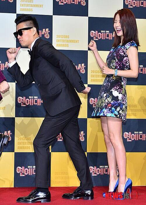Monday Couple Red Carpet