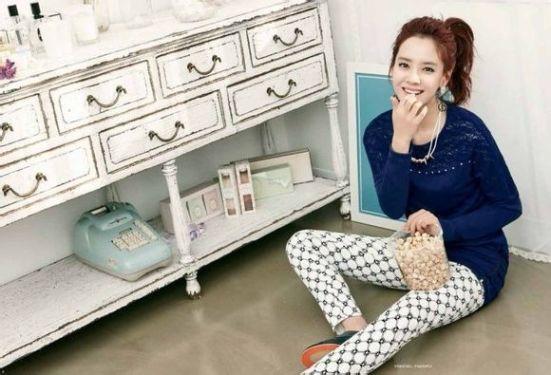Song Ji Hyo Yesse 7