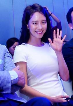 JI Hyo Samsung 1